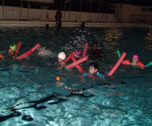 Children travelling 5m with buoyancy aid
